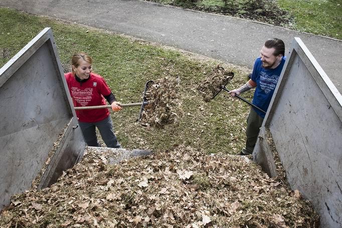 Zahrada ožívá i díky dobrovolníkům